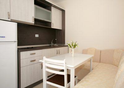 Двухкомнатный апартамент 2 в городе Приморско